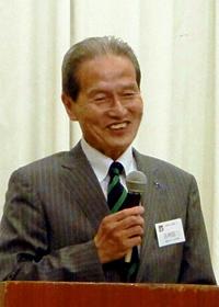 「若泉 敬先生の生き方のかたち」を語る吉村信二氏サバエ・シティーホテルで